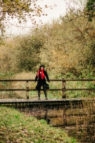 suzie-hanna-photo-on-bridge-for-relit-course
